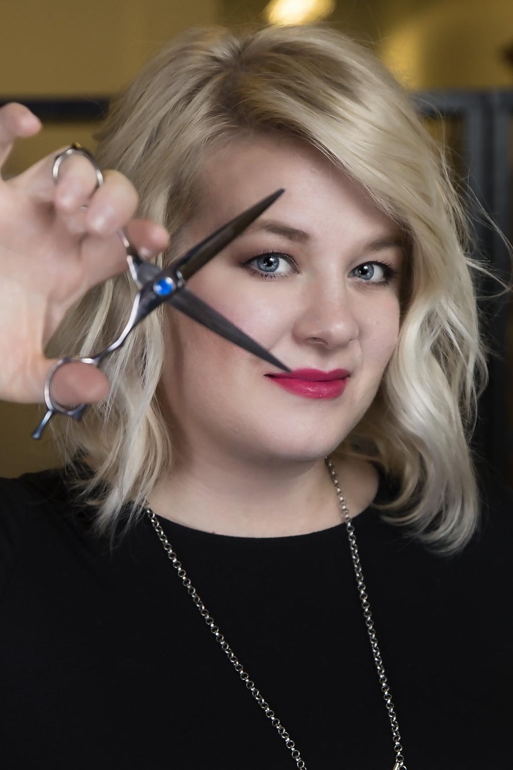 Courtney A. - Stylist & Nail Tech
